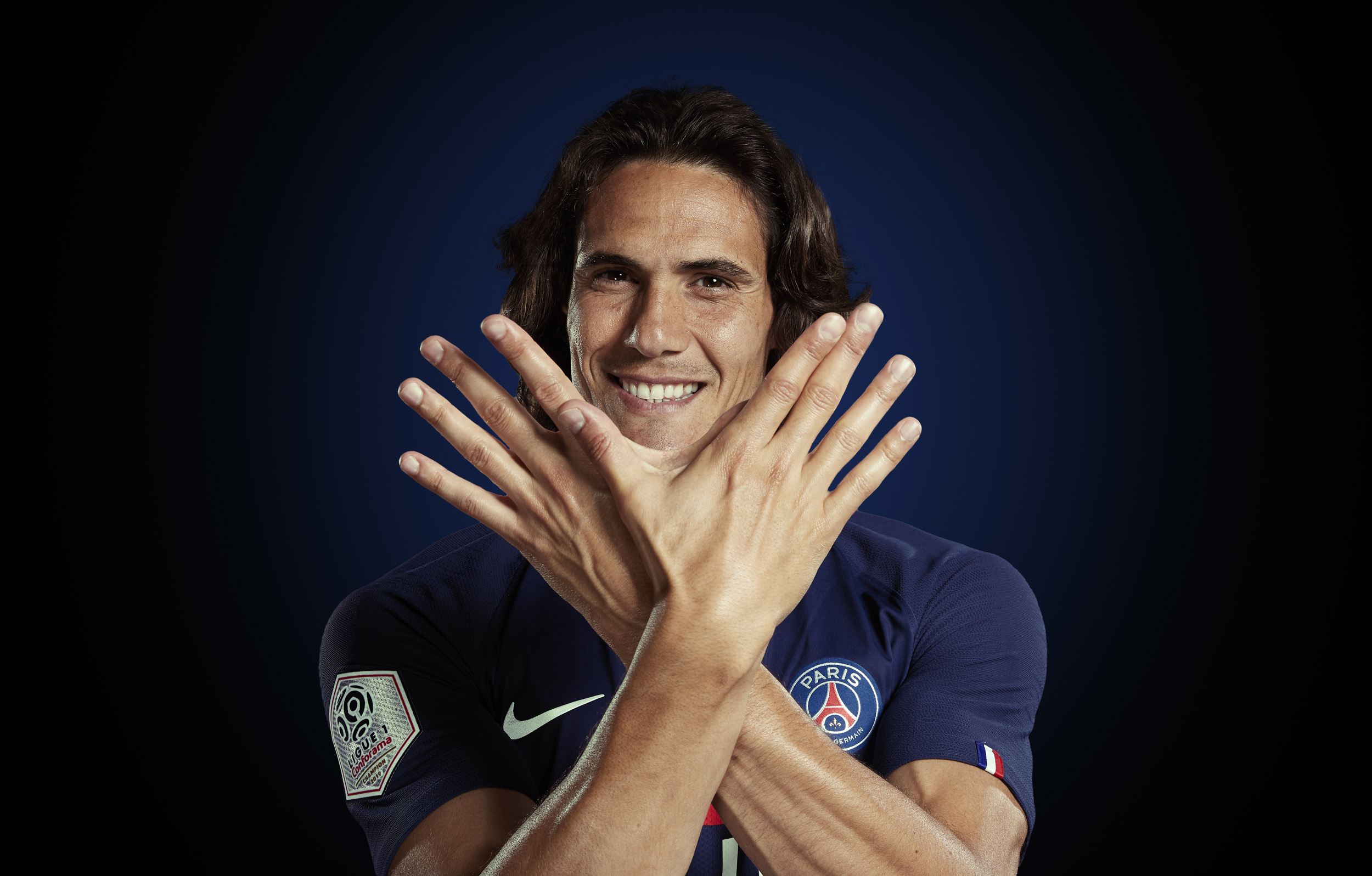 Edinson Cavani Photoshoot Portrait  Paris St Germain © Mark Robinson Photographer EA Sports Volta Fifa20