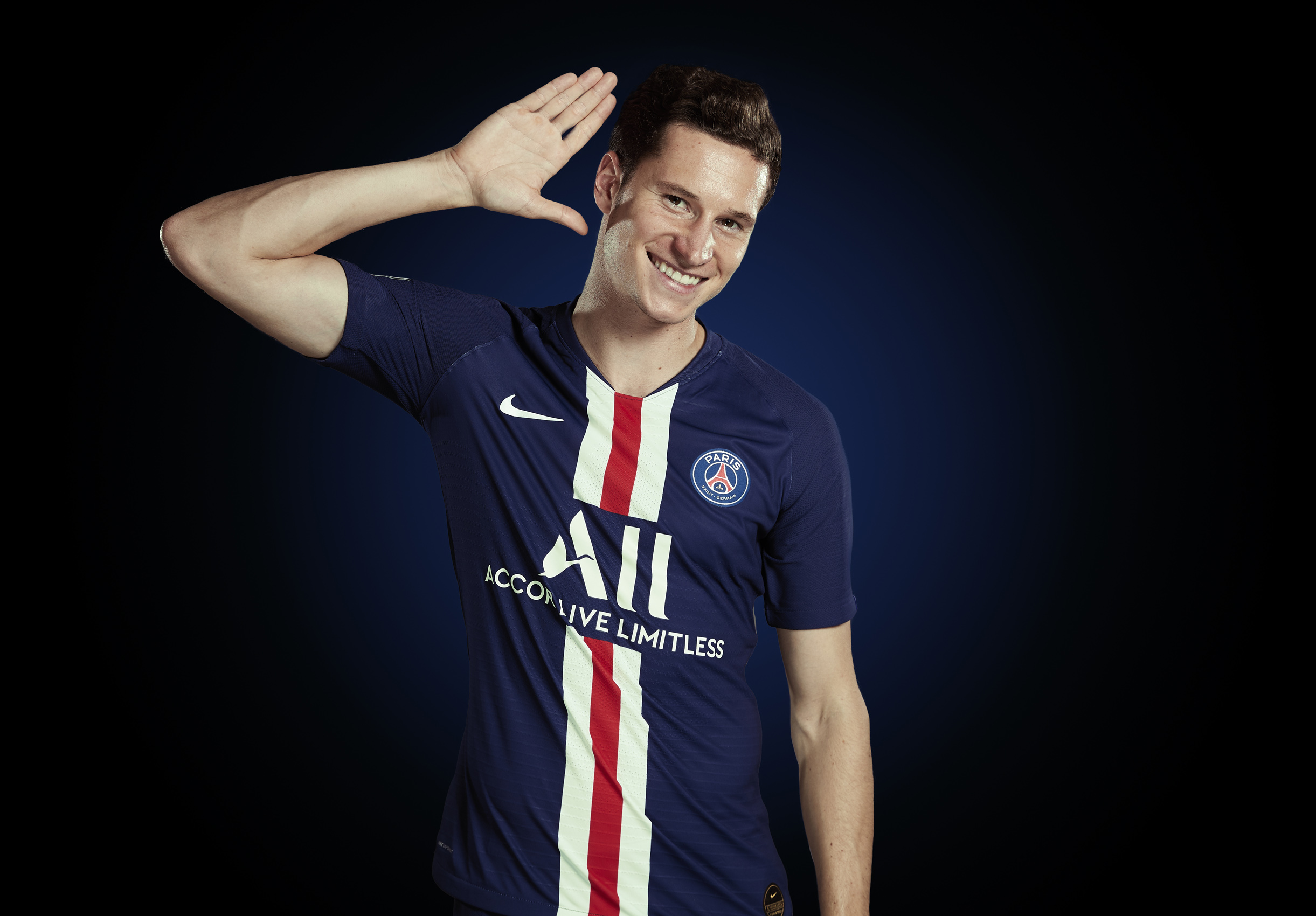 Julian Draxler Photoshoot Portrait  Paris St Germain © Mark Robinson Photographer EA Sports Volta Fifa20