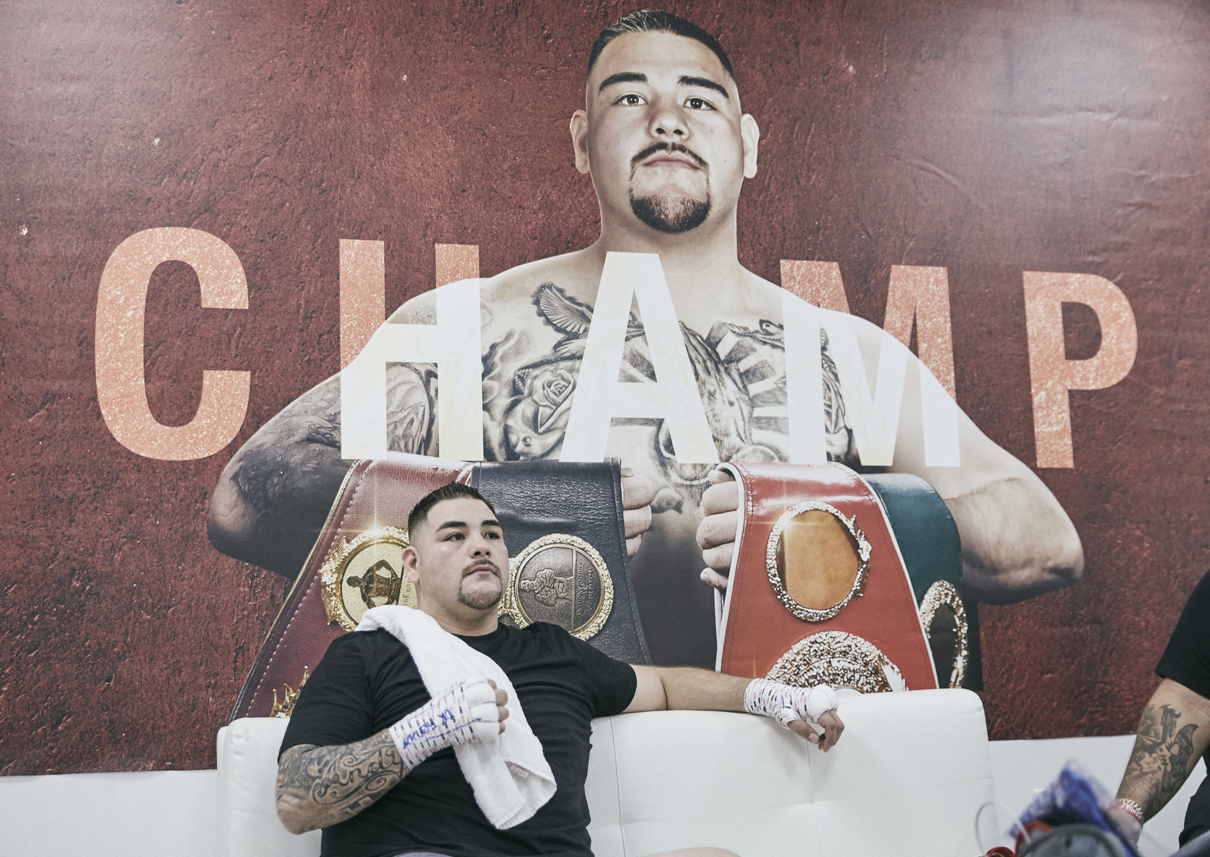 Andy Ruiz Jr Chilling Relaxing Dressing Room Backstage © Mark Robinson Photographer Matchrrom Boxing 2019.