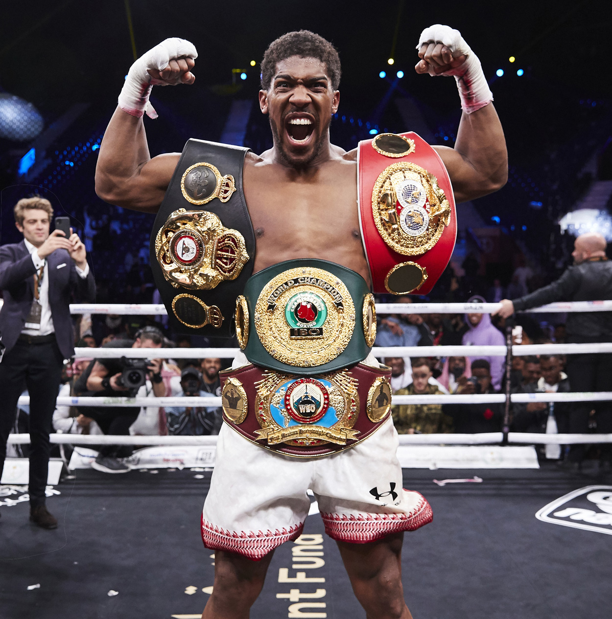 Anthony Joshua All The Belts Roar Saudi Arabia Rematch Andy Ruiz Jr © Mark Robinson Photographer Matchrrom Boxing 2019.